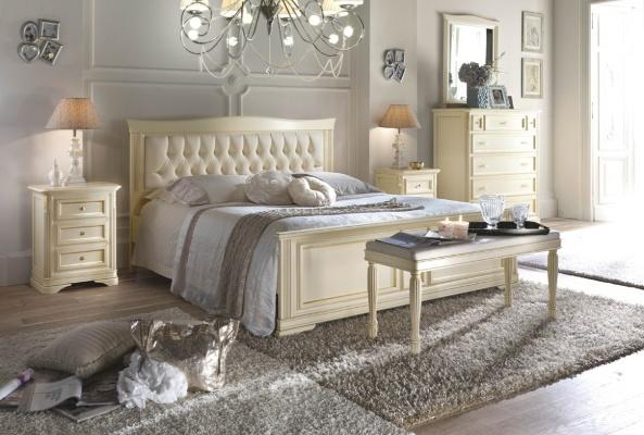 Camera matrimoniale classica dane mobili - Camera matrimoniale classica ...