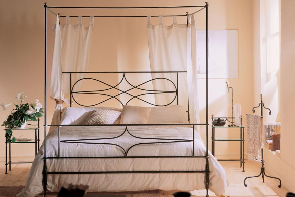 Letto In Ferro Battuto A Baldacchino.Wrought Iron Double Bed Art 3013b Dane Mobili